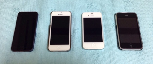 iPhone 5S, 5, 4S, and 3GS side by side